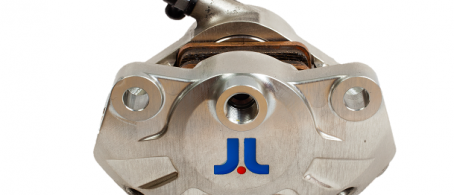 J.Juan Racing Full CNC Monoblock Rear Axial Caliper - 64mm interaxis - Piston size 34mm.